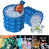 Универсальное ведро-форма для льда «Ice Cube Maker Genie»