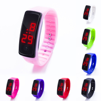 Цифровые наручные часы с силиконовым ремешком